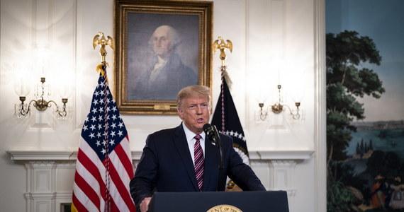 Chiny oskarżyły w czwartek USA o prześladowania polityczne i dyskryminację rasową, zastrzegając sobie prawo do reakcji po tym, jak Waszyngton cofnął wizy ponad 1000 chińskich studentów i naukowców, których uznano za zagrożenie dla bezpieczeństwa państwa.