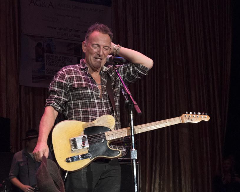 """""""The Boss"""" zaprosił swój zespół E-Street Band do swojego domowego studia. Niecały tydzień zajęło im nagranie muzyki na album, który ukaże się 23 października tego roku. Bruce Springsteen wyjaśnił, że po prostu usiedli i zagrali. Bez montowania, zgrywania i dogrywania."""