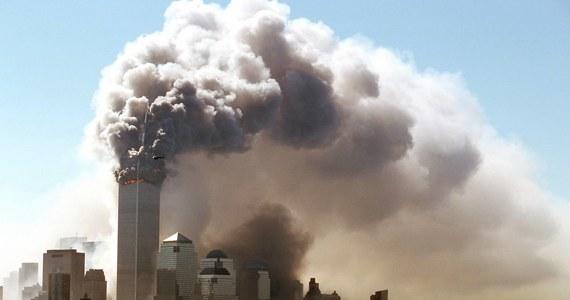 W zamachach terrorystycznych z 11 września 2001 roku zginęło prawie 3 tys. To jedno z najtragiczniejszych wydarzeń w historii Stanów Zjednoczonych. Tegoroczna, 19. rocznica ataków w związku z epidemią COVID-19 odbędzie się w rygorze sanitarnym.