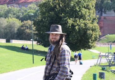 Szlakiem Wisły. Mateusz Waligóra rusza z Krakowa na kolejny etap wędrówki