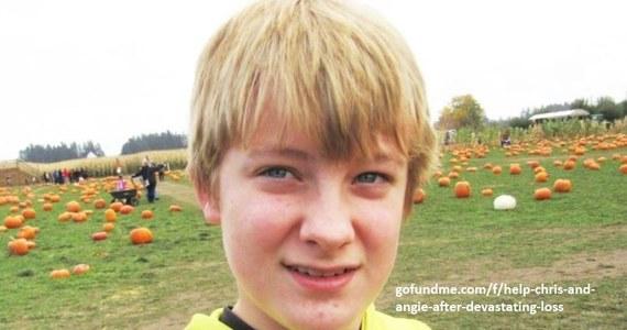 Pożary w Stanach Zjednoczonych zbierają śmiertelne żniwo. Associated Press opisuje tragiczną historię rodziny Tofte, która musiała uciekać przed żywiołem. 13-letni Wyatt, jego babcia, psy i koty rodziny zginęli w ogniu. Wujek chłopca wierzy, że 13-latek próbował uratować babcię i pupila rodziny. Wskazuje na to miejsce znalezienia zwłok.