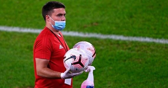 Cztery przypadki zakażenia koronawirusem wykryto w angielskiej ekstraklasie piłkarskiej. Testy przeprowadzono w dniach 7-13 września, zbadano wówczas 2131 zawodników oraz członków sztabów klubów.