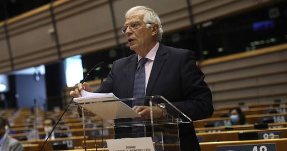 Na Białorusi kontynuowane są brutalne represje, jest 500 udokumentowanych przypadków tortur. Jeśli UE ma utrzymać swoją wiarygodność, powinna przyjąć sankcje wobec przedstawicieli reżimu przed szczytem w przyszłym tygodniu - mówił w PE szef unijnej dyplomacji Josep Borrell.