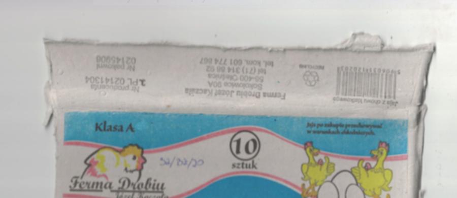 """Pałeczki salmonelli wykryto na powierzchni jaj. To efekt kontroli Państwowej Inspekcji Sanitarnej. Chodzi o świeże Jaja """"Ferma Drobiu Józef Kaczała"""" pakowane po 10 szt."""