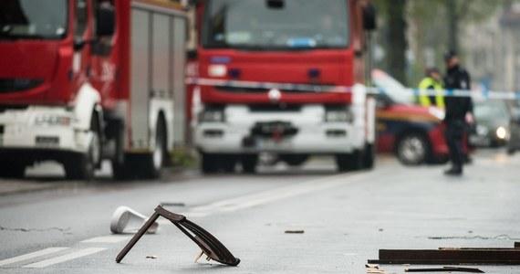 W Karczewie (woj. mazowieckie) doszło do tragicznego pożaru budowanej hali. W jej wnętrzu strażacy znaleźli zwęglone ciało robotnika.