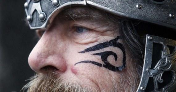 """W okresie wikińskim, czyli w latach 750-1050, genom Skandynawów pojawił się w licznych częściach Europy, szczególnie w Wielkiej Brytanii, Irlandii, Islandii i na Grenlandii - wynika z szeroko zakrojonych analiz DNA. Artykuł na ten temat opublikowano w magazynie """"Nature""""."""