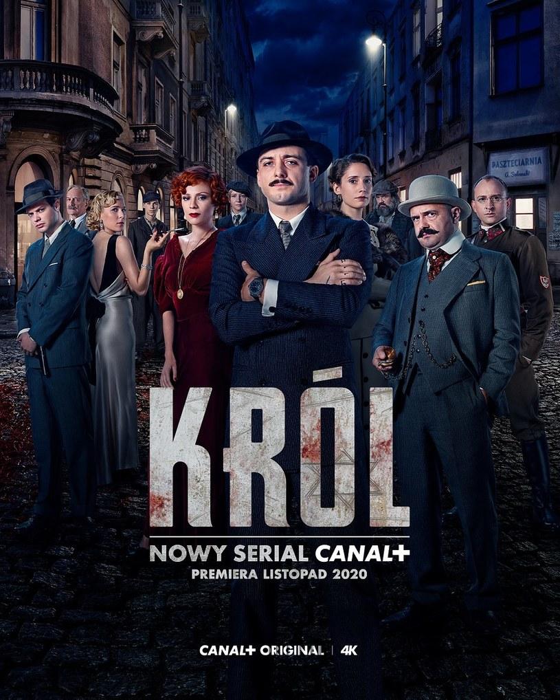 """""""Król"""" w reżyserii Jana P. Matuszyńskiego to ośmioodcinkowa ekranizacja powieści Szczepana Twardocha o tym samym tytule. Serial zadebiutuje już w listopadzie na kanale Canal+ Premium oraz w nowej usłudze Canal+ telewizja przez internet."""