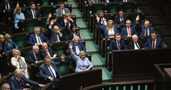 Dziś zostaną wyciągnięte zapowiadane konsekwencje wobec polityków PiS, którzy zagłosowali przeciw ustawie o ochronie zwierząt. Potwierdził to w Porannej rozmowie w RMF FM Marek Suski. Poseł PiS stwierdził też, że koalicji już nie ma.