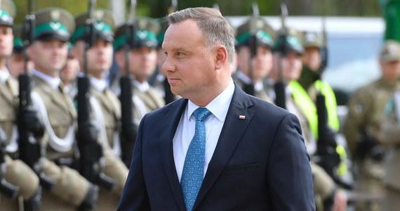 Prezydent Polski Andrzej Duda rozważa możliwość nałożenia krajowych sankcji na Białoruś - powiedział prezydent Litwy Gitanas Nauseda, który rozmawiał telefonicznie z polskim przywódcą o sytuacji na Białorusi.