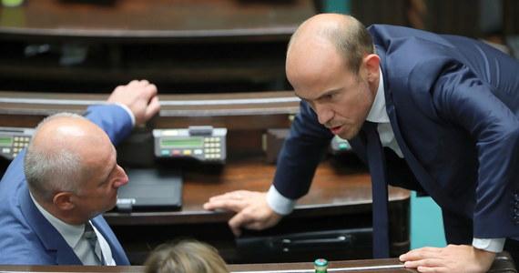 Platforma Obywatelska poleca regionom przygotowanie się do ewentualnych przyspieszonych wyborów i będzie szukać poparcia innych sił opozycyjnych dla wotum nieufności dla rządu Mateusza Morawieckiego.