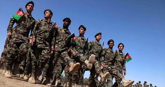 """""""30 talibów zostało zabitych w ataku afgańskiego lotnictwa w Khan Abad w prowincji Kunduz na północy kraju"""" - podało ministerstwo obrony Afganistanu. Według lokalnych władz zginęło również 12 cywilów."""