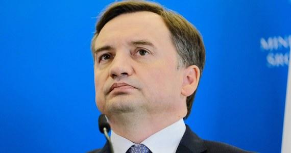 Ewentualne wyrzucenie Zbigniewa Ziobry z rządzącej koalicji będzie także oznaczało pozbawienie go dużych wpływów biznesowych. To uderzyłoby nie tylko w ludzi Solidarnej Polski.