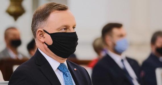 """Prezydent Andrzej Duda skłania się do zawetowania """"Piątki dla zwierząt"""". Nie zrobi tego, jeżeli w ustawie zostaną wprowadzone daleko idące zmiany - o takim ultimatum dowiedzieli się dziennikarze RMF FM."""