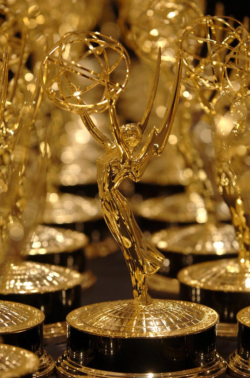 """Najwięcej, aż 30, statuetek podczas niedzielnej (20 września), 72. ceremonii rozdania nagród Emmy zdobyły produkcje HBO. Wśród nich znalazły się wyróżnienia za najlepszy serial dramatyczny dla """"Sukcesji"""" i najlepszy miniserial dla """"Watchmen""""."""
