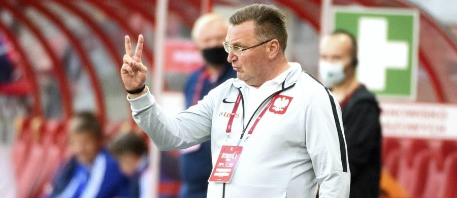 Czesław Michniewicz został nowym trenerem piłkarzy Legii Warszawa. Zastąpi na tym stanowisku Aleksandara Vukovica. Jak informuje stołeczny klub, Michniewicz podpisał dwuletnią umowę.