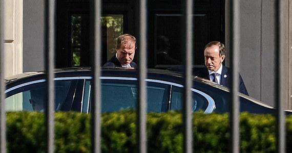 Zostanie zwołane specjalne posiedzenie Senatu, dedykowane noweli o ochronie zwierząt, prawdopodobnie 9 października. Senatorowie potrzebują więcej czasu do pracy nad poprawkami do tej ustawy - powiedział marszałek Senatu Tomasz Grodzki po spotkaniu z prezydentem Andrzejem Dudą.