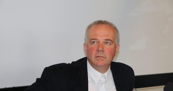 """""""Zostałem odwołany. Rozważam odwołanie się do sądu pracy"""" - mówi RMF FM Marek Mikos, dyrektor Starego Teatru w Krakowie. Według naszych nieoficjalnych informacji w środę odbyło się kilkugodzinne spotkanie w Ministerstwie Kultury."""