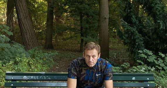 Komornicy sądowi nałożyli areszt na moskiewskie mieszkanie Aleksieja Nawalnego i jego rachunki bankowe - poinformowała w czwartek rzeczniczka opozycjonisty Kira Jarmysz. Działania te związane są z pozwem firmy, łączonej z biznesmenem Jewgienijem Prigożynem.