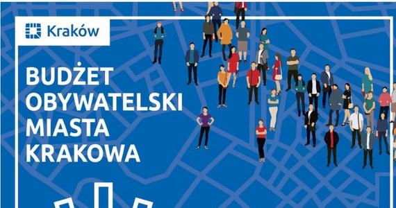 W sobotę rozpoczęło się głosowanie na projekty zgłoszone w siódmej edycji budżetu obywatelskiego Krakowa. Mieszkańcy miasta mogą oddawać głosy do 5 października przez internet lub w punktach głosowania. W tym roku budżet dysponuje kwotą 32 mln zł.