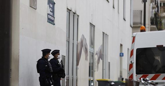 """Najpierw wyłudził 100 tys. euro od francuskiego państwa, później dokonał zamachu. Tak można streścić komentarze części francuskiej prasy po ogłoszeniu wstępnych rezultatów śledztwa w sprawie sprawcy ataku terrorystycznego przed byłą siedzibą """"Charlie Hebdo"""". Doszło do niego pięć dni temu. Ciężko rannych zostało wtedy dwoje dziennikarzy."""