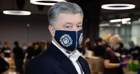 Były prezydent Ukrainy Petro Poroszenko poinformował, że uzyskał pozytywny wynik testu na Covid-19. Jest tym samym kolejnym czołowym politykiem ukraińskim, który się zakaził.