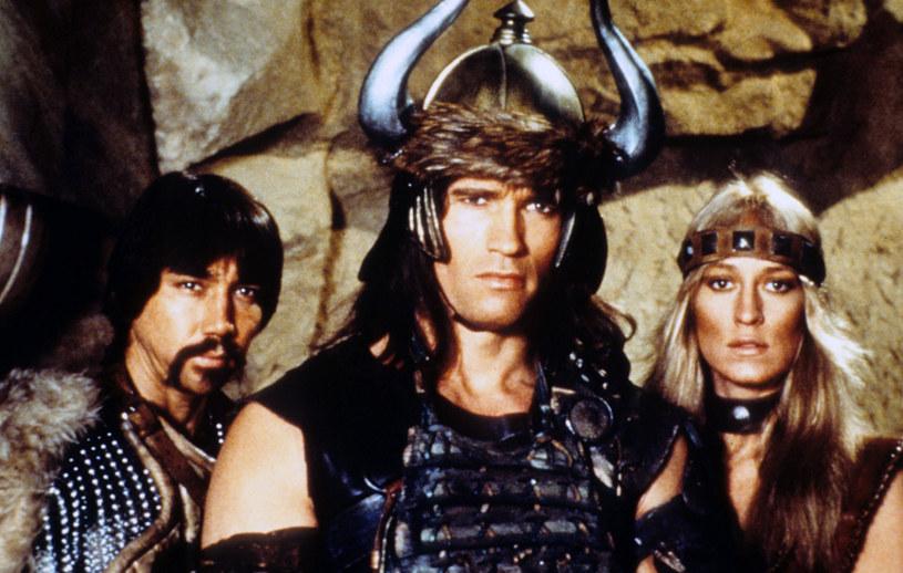 """Popularna platforma streamingowa zamierza rozszerzyć swoją ofertę filmów i seriali fantasy. Po wielkim sukcesie opartego na prozie Andrzeja Sapkowskiego """"Wiedźmina"""", tym razem Netflix zabierze się za ekranizację twórczości Roberta E. Howarda. Bohaterem nowego serialu będzie legendarny Conan z Cymerii."""