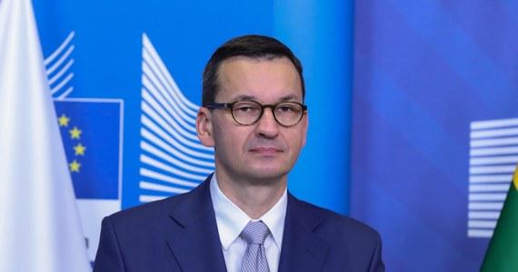 Rada Europejska przyjęła w czwartek po długiej debacie zaproponowany przez nas plan gospodarczy dla demokratycznej Białorusi - poinformował w piątek premier Mateusz Morawiecki przed rozpoczęciem drugiego dnia nadzwyczajnego szczytu UE w Brukseli.