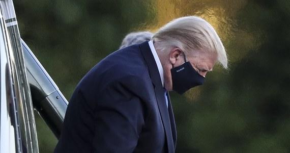 Szef kampanii prezydenckiej Donalda Trumpa uzyskał pozytywny wynik testu na koronawirusa. To kolejna osoba z otoczenia Trumpa, która została zakażona. Sam prezydent również ma koronawirusa i wczoraj trafił z tego powodu do szpitala, gdyż miał problemy z oddychaniem.