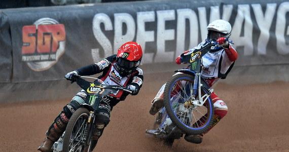 Bartosz Zmarzlik obronił tytuł mistrza świata w jeździe na żużlu. Pierwsze miejsce w klasyfikacji końcowej cyklu Grand Prix zapewnił sobie awansując do finału ostatnich, ósmych zawodów w Toruniu.