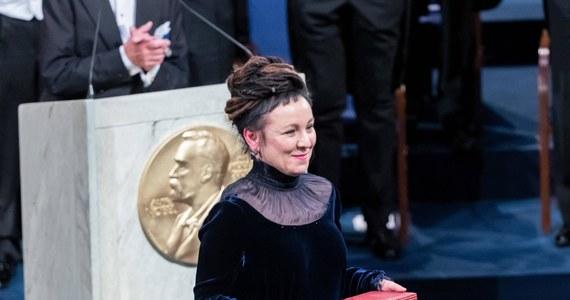 W poniedziałek rozpoczyna się tydzień, podczas którego poznamy tegorocznych laureatów nagród Nobla. W tym roku Fundacja Noblowska podwyższyła o 1 mln koron (95 tys. euro) do 10 mln koron (950 tys. euro) wartość nagrody w każdej z sześciu dziedzin.