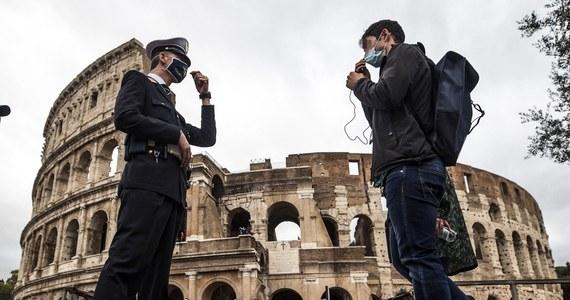 We Włoszech nie ma powodów do tego, by wprowadzić ponownie całkowity lockdown - zapewnił szef krajowej Rady Służby Zdrowia Franco Locatelli. Tak odniósł się w niedzielę do notowanego w ostatnich tygodniach wyraźnego wzrostu liczby zakażeń.