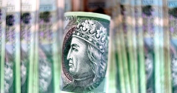 Na koniec sierpnia 20 banków, w tym 10 komercyjnych i 10 spółdzielczych wykazało łączną stratę w wysokości 1,1 mld zł - podał KNF w opracowaniu.