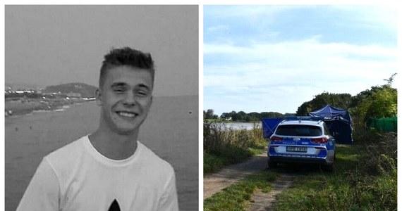 W sobotę, tydzień po zaginięciu Macieja Aleksiuka, z Odry wyłowiono ciało poszukiwanego 20-latka. Ze wstępnych ustaleń wrocławskiej prokuratury wynika, że do jego śmierci nie przyczyniły się osoby trzecie.