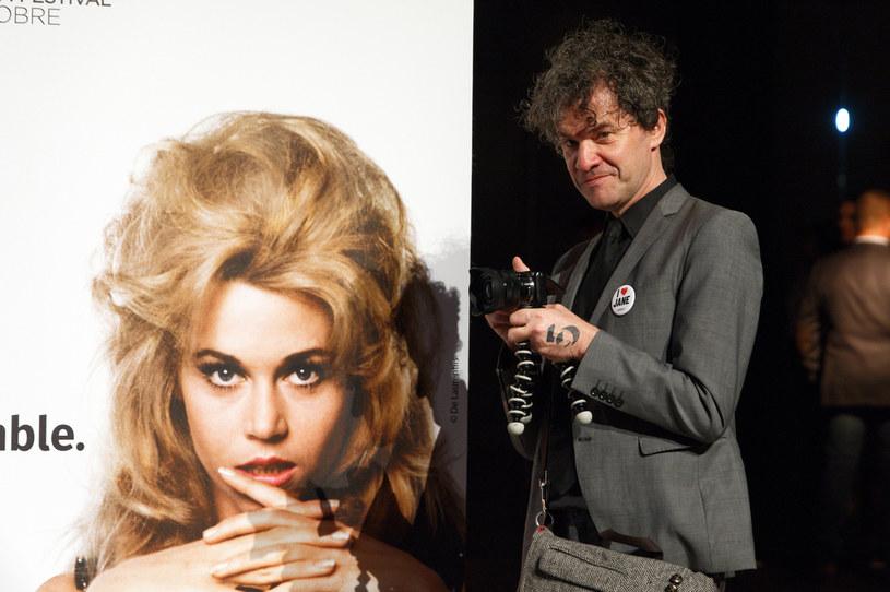 """Mark Cousins, twórca dokumentu """"Kobiety za kamerą"""", będzie pierwszym laureatem Europejskiej Nagrody Filmowej w kategorii innowacyjne opowiadanie historii. Nowa kategoria, wprowadzona od br. przez Europejską Akademię Filmową, ma """"odzwierciedlać zmiany w krajobrazie kinowym""""."""