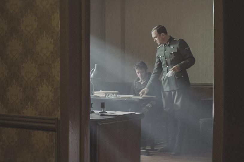 """""""Poufne lekcje perskiego"""" w reżyserii Vadima Perelmana zdobyły Distribution Award - główną, przyznawaną przez publiczność, nagrodę odbywającego się w Katowicach 10. jubileuszowego Międzynarodowego Festiwalu Filmowego Transatlantyk."""