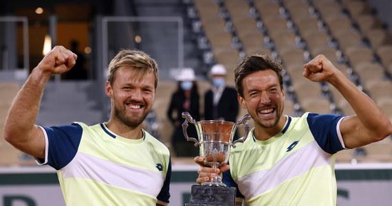 Niemieccy tenisiści Kevin Krawietz i Andreas Mies obronili tytuł mistrzów French Open w deblu. W finale paryskiej imprezy pokonali Chorwata Mate Pavica i Brazylijczyka Bruno Soaresa 6:3, 7:5.
