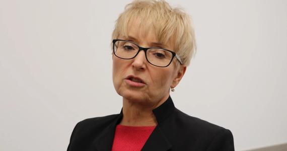 """""""Nie zrobiłam nic złego, więc nie mam się czego obawiać, choć wiem, co zrobi Izba Dyscyplinarna. Decyzja o uchyleniu mi immunitetu już gdzieś na górze zapadła"""" - powiedziała w rozmowie z Onetem sędzia Beata Morawiec. """"Te ich nieudolne działania tylko mnie napędzają do dalszej walki o praworządność"""" - zaznaczyła. Prokuratura chce postawić sędzi zarzuty m.in. korupcji i przywłaszczenia środków publicznych. Decyzja Izby Dyscyplinarnej Sądu Najwyższego zapadnie 12 października."""