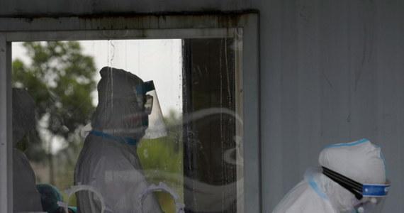898 zakażeń koronawirusem jednej doby. Tak źle do tej pory nie było w Małopolsce. Najnowsze dane podał rano sanepid.
