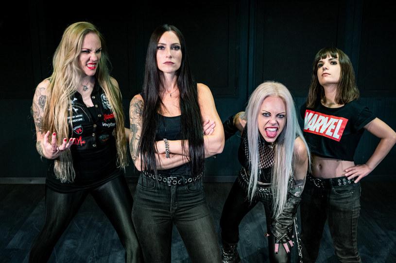 """""""Perpetual Chaos"""" - tak brzmieć będzie tytuł nowej płyty grupy Nervosa."""