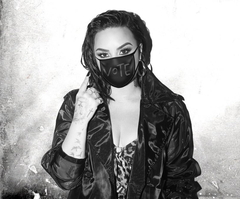 """Demi Lovato prezentuje nowy utwór """"Commander in Chief"""" nagrany we współpracy z FINNEASEM, bratem Billie Eilish. Utwór ma zachęcić fanów do głosowania w wyborach prezydenckich."""