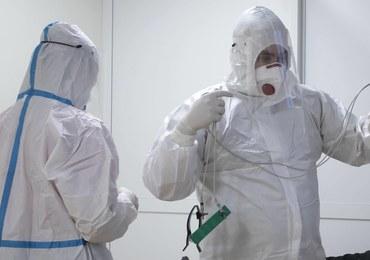 Będą specjalne dodatki dla lekarzy walczących z koronawirusem