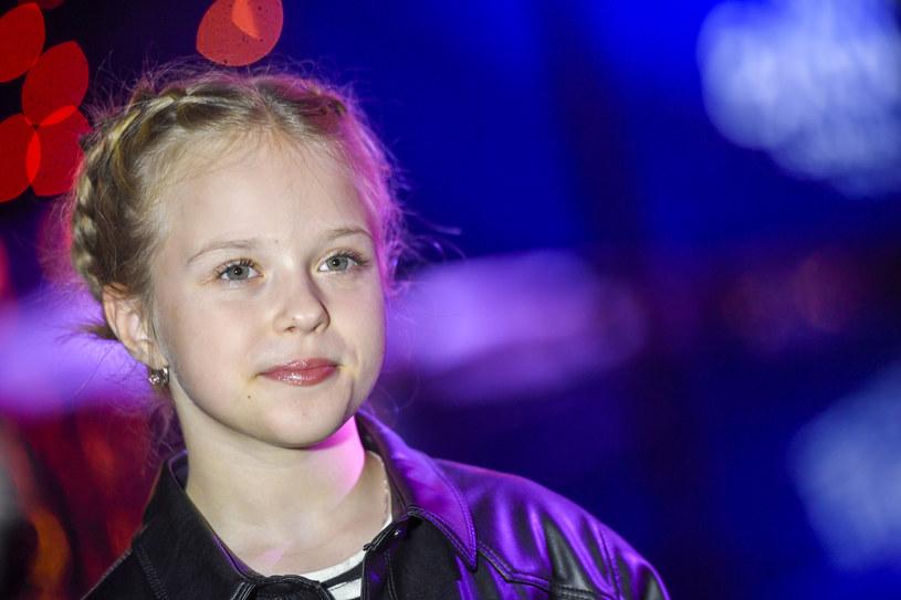 Na niewiele ponad miesiąc przed tegorocznym Konkursem Piosenki Eurowizji Junior organizatorzy zmienili zasady oddawania głosów przez widzów. Czy to jakoś wpłynie na szanse reprezentującej Polskę Ali Tracz?