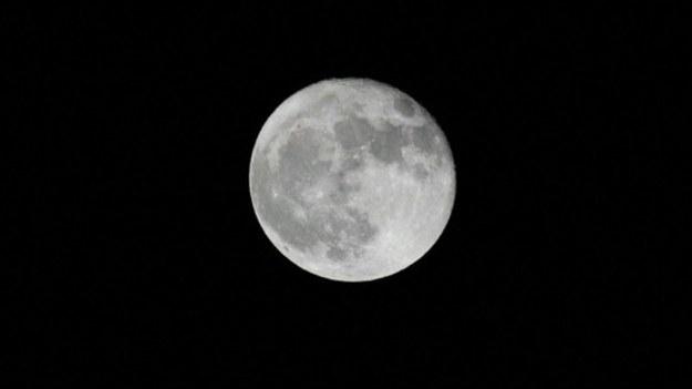 Nokia została wybrana przez NASA do budowy sieci telefonii komórkowej na Księżycu. Bezprzewodowa, szerokopasmowa sieć w technologii 4G/LTE ruszy na Księżycu pod koniec 2022 roku. NASA zamierza wysłać kolejną ludzką misję na Księżyc do 2024 roku w ramach programu Artemis.