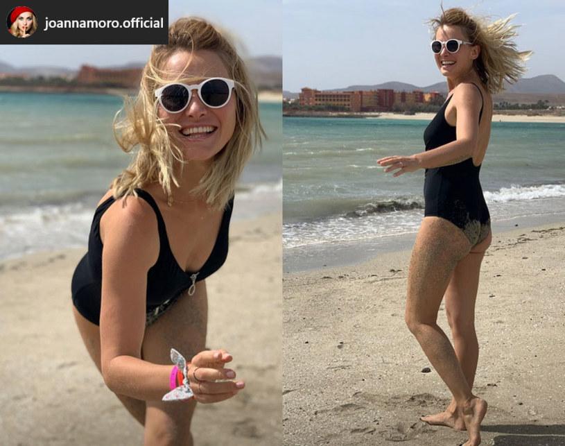 """Nawet w dobie pandemii koronawirusa Joanna Moro nie zmieniła swoich planów urlopowych. Wraz z rodziną udała się na Fuerteventurę, jedną z Wysp Kanaryjskich. """"Skrajna nieodpowiedzialność"""" – komentują fani."""