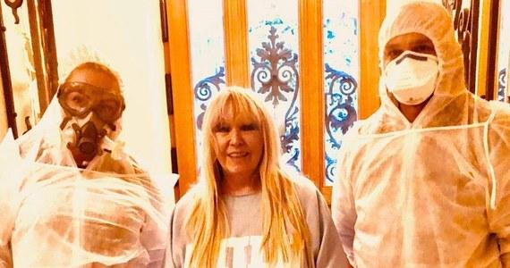 Maryla Rodowicz podzieliła się z fanami informacją, że ma koronawirusa. Legendarna piosenkarka poinformowała, że czuje się dobrze.