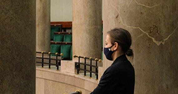 Sejm nie powołał mec. Zuzanny Rudzińskiej-Bluszcz na stanowisko Rzecznika Praw Obywatelskich. Jedyna kandydatka na to stanowisko nie uzyskała poparcia bezwzględnej większości głosów.