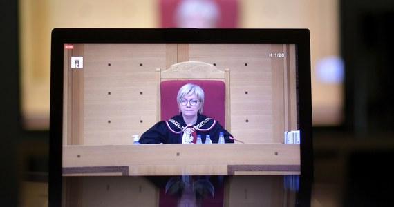 """Będzie rezolucja Parlamentu Europejskiego przeciwko decyzji polskiego Trybunału Konstytucyjnego ws. zakazu aborcji ze względu na wady płodu. """"Właśnie zdecydowaliśmy o przygotowaniu tak szybko, jak się da, mocnej rezolucji przeciwko zakazowi aborcji, który łamie podstawowe prawa kobiet"""" - przekazała dziennikarce RMF FM w Brukseli Katarzynie Szymańskiej-Borginon Evelyn Regner, eurodeputowana z frakcji socjaldemokratów, szefowa Komisji Praw Kobiet i Równouprawnienia PE."""