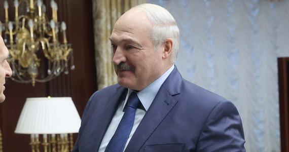 Prezydent Białorusi Alaksandr Łukaszenka powiedział w rozmowie telefonicznej z sekretarzem stanu USA Mikem Pompeo, że Białoruś i Rosja są gotowe do wspólnej reakcji na zagrożenia zewnętrzne - podały białoruskie media państwowe.