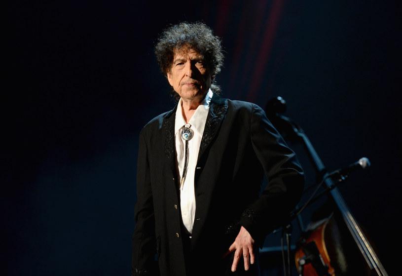 """Nieprędko doczekamy się biograficznego filmu o Bobie Dylanie, w którego rolę miał wcielić się Timothee Chalamet. O tym, że zatytułowany """"Going Electric"""" film nie powstanie w najbliższym czasie, poinformował w wywiadzie dla portalu """"Collider"""" operator Phedon Papamichael."""