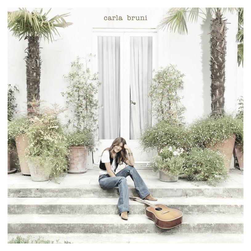 Carla Bruni powróciła z nowym albumem studyjnym po siedmioletniej przerwie. Co tym razem przygotowała dla nas była Pierwsza Dama Francji?